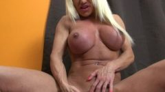 Ashlee Chambers Plays With Her Massive Clit