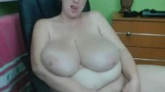 BBW Plays With Her Enormous Clit On Webcam