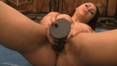 Yummy Ginger Naked Female Bodybuilder Stretches And Masturbates In The Gym