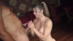 Fernandinha Fernandez Fazendo Massagem Em Cliente